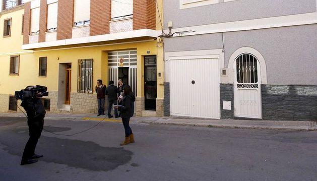 Calle Cirilo Amorós de la localidad valenciana de Benaguasil, donde una mujer murió degollada  a manos de su expareja.
