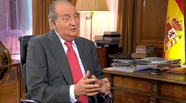 Imagen divulgada por la Casa Real de don Juan Carlos durante la entrevista.