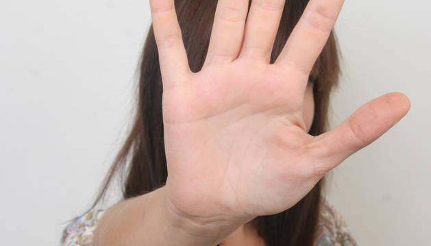 La web, equivalente al teléfono 016, ofrecerá información y asesoramiento sobre violencia machista.