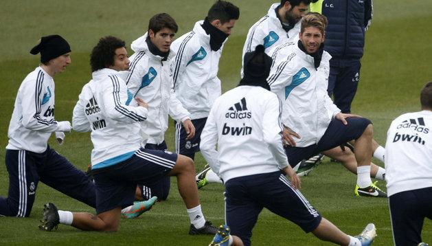 Jugadores del Real Madrid, durante un entrenamiento en Valdebebas