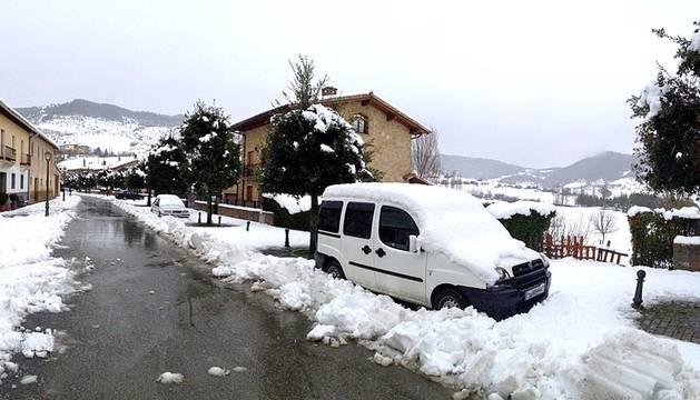La nieve llega a Pamplona y su Comarca