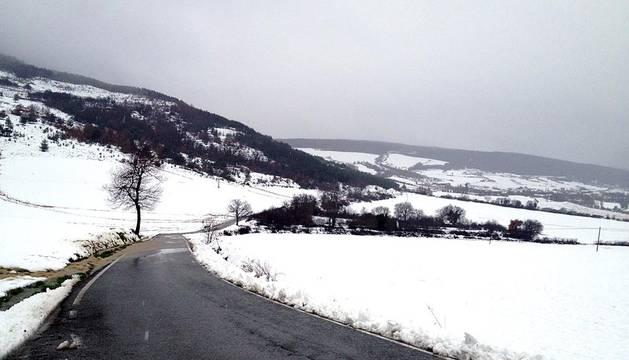 La nieve cubrió Pamplona y la Comarca, dejando estampas blancas en Mutilva, Cordovilla, Buztintxuri, Nuevo Artica y varios puntos de la geografía navarra.