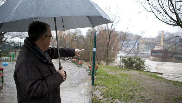 Enrique Maya visita las zonas afectadas