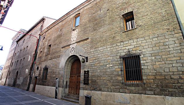 El albergue de Jesús y María en la calle Compañía.