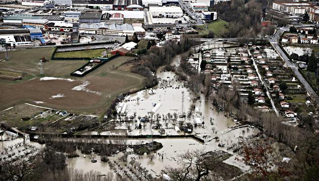 Aspecto que presentan las huertas inundadas cercanas a la localidad de Huarte