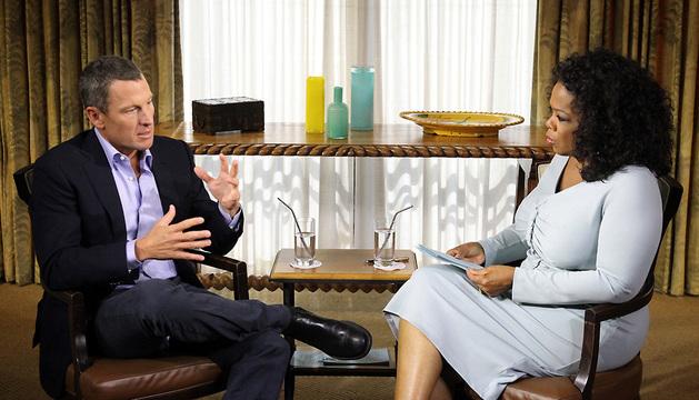 Lance Armstrong durante la entrevista realizada por Oprah Winfrey