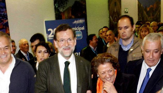 El presidente del Gobierno, a su llegada al Palacio de Congresos de El Toyo en la capital almeriense