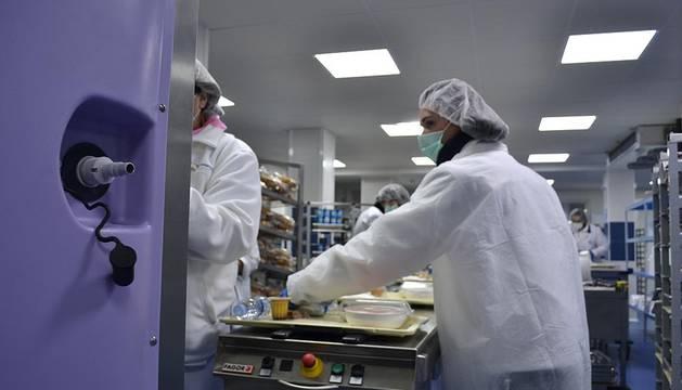 Las nuevas cocinas de Virgen del Camino están preparadas para servir 26.000 raciones.