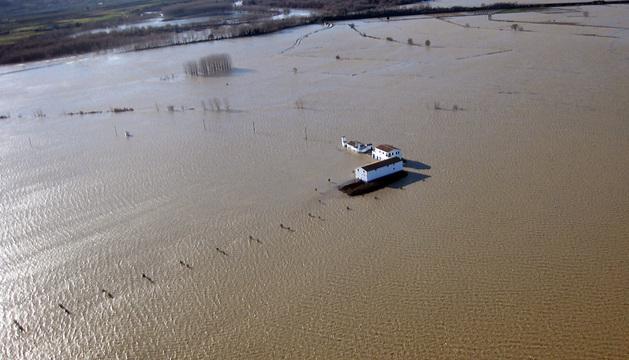 Una granja afectada por las inundaciones.