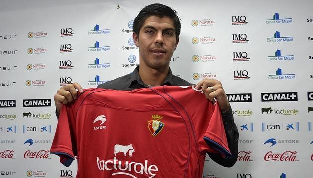 Francisco 'Gato' Silva, en su presentación como jugador de Osasuna