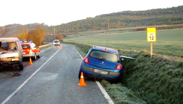 Estado en el que quedaron los dos vehículos implicados en la colisión