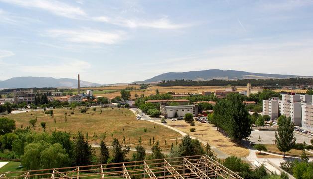 Vista de Echavacoiz, con Hunstman a la izquierda y las casas de Urdánoz a la derecha.
