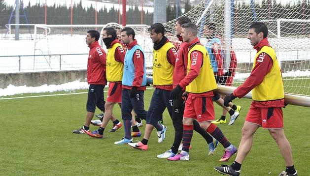 Osasuna tiene una difícil misión en Barcelona ante el líder