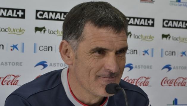 José Luis Mendilibar, entrenador de Osasuna, durante la rueda de prensa previa al partido ante el Barcelona