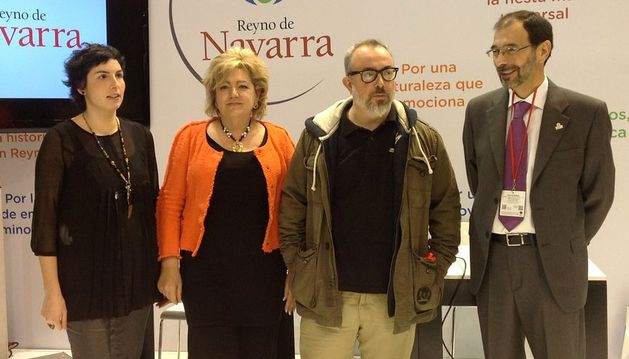 Álex de la Iglesia ha visitado el stand de Navarra en Fitur