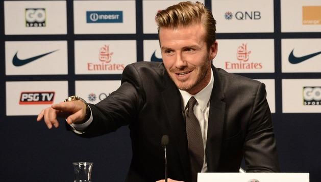 David Beckham, durante su presentación como nuevo jugador del Paris Saint-Germain