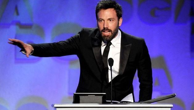 Ben Affleck recoge su premio del Sindicato de Directores como mejor director