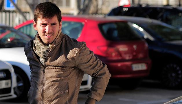 Messi, a su llegada a las oficinas del club para firmar su nuevo contrato