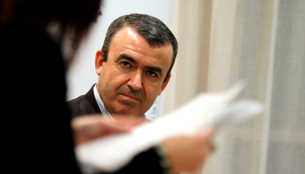 Lorenzo Silva en el Club de Lectura de Diario de Navarra.