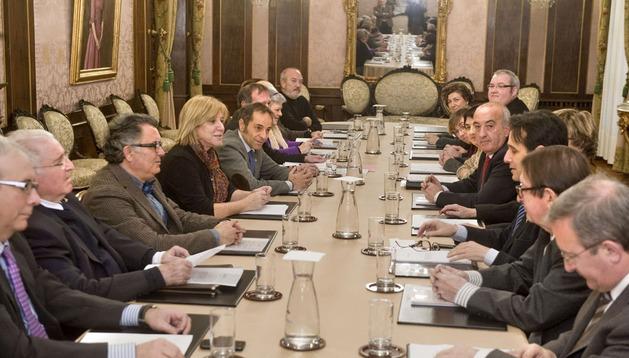 El vicepresidente Sánchez de Muniáin preside la primera reunión plenaria del IX Consejo Navarro de Cultura