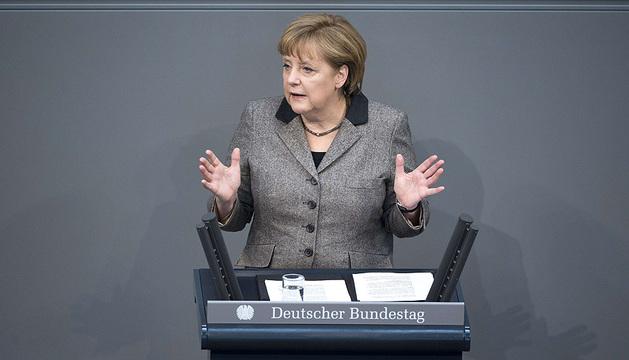 La canciller alemana, Angela Merkel, durante su discurso ante el Consejo de la UE.