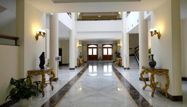 El hall de la residencia Santa Marta, donde se alojan los cardenales
