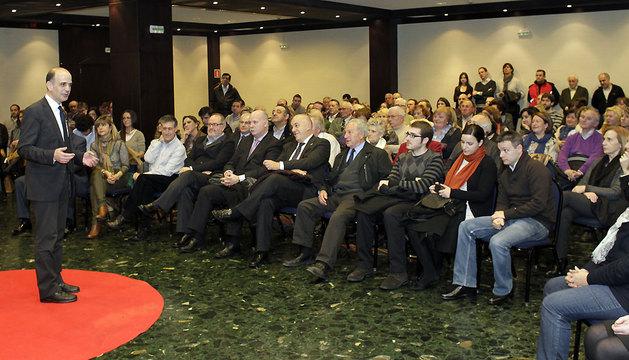 Alberto Catalán, ayer durante el acto que celebró en el Iruña Park con afiliados.