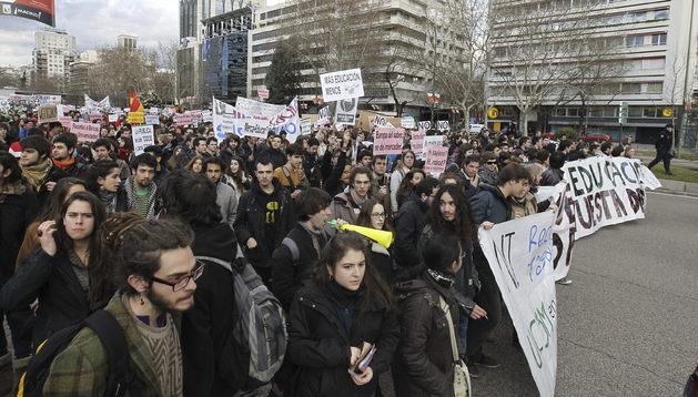 Cabeza de la manifestación de estudiantes de las universidades públicas en Madrid