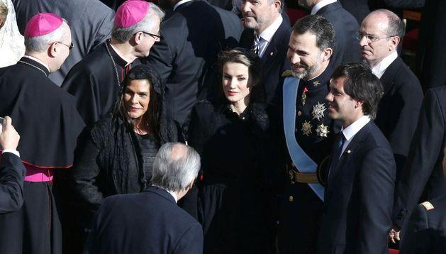 Los Príncipes de Asturias que encabezan la delegación española en la entronización del Papa