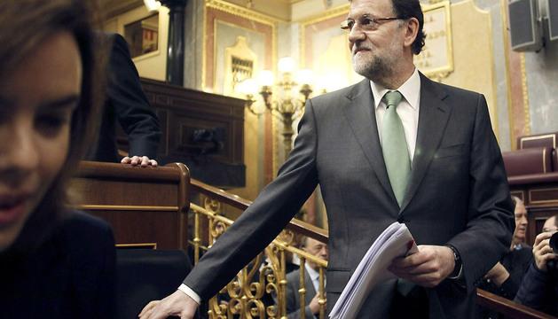 El presidente del Gobierno, Mariano Rajoy, a su llegada a la sesión de control al Ejecutivo.