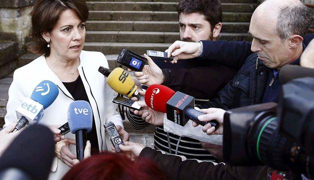 La presidenta del Gobierno foral, Yolanda Barcina, antes de asistir a la apertura de la asamblea de la UAGN