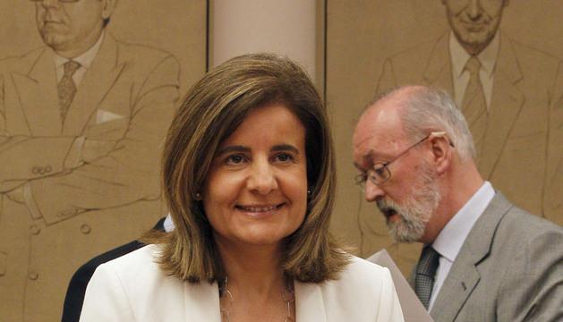 Fátima Báñez, momentos antes de su comparecencia en la Comisión de Empleo del Congreso