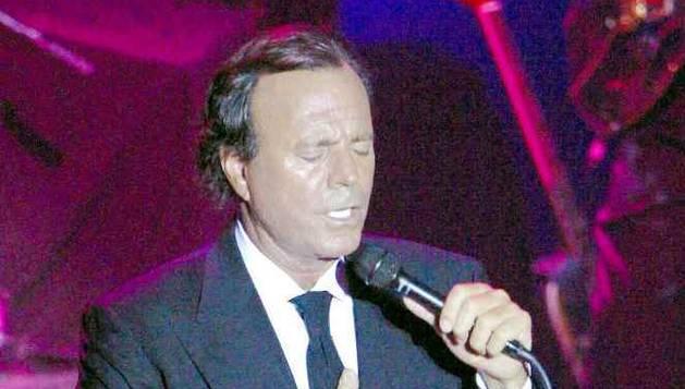 Julio Iglesias, durante un concierto en A Coruña