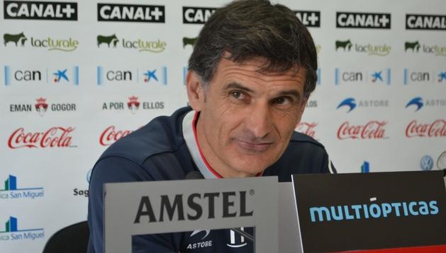 José Luis Mendilibar, entrenador de Osasuna, durante la rueda de prensa previa al partido ante el Valladolid