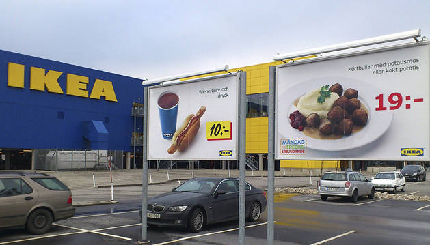 Parking de Ikea en Malmo, Suecia.