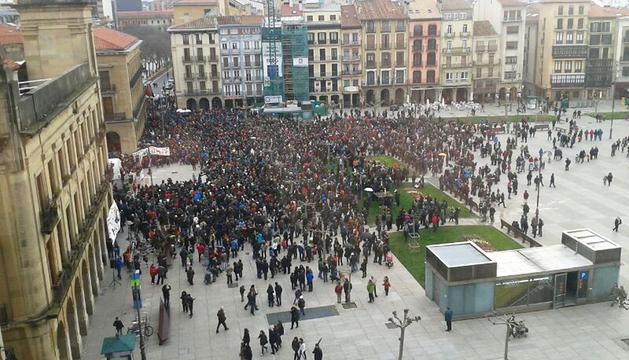 La manifestación a su llegada a la Plaza del Castillo