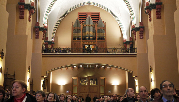Aspecto de la parroquia de El Salvador, ayer, durante la presentación del órgano de estilo victoriano