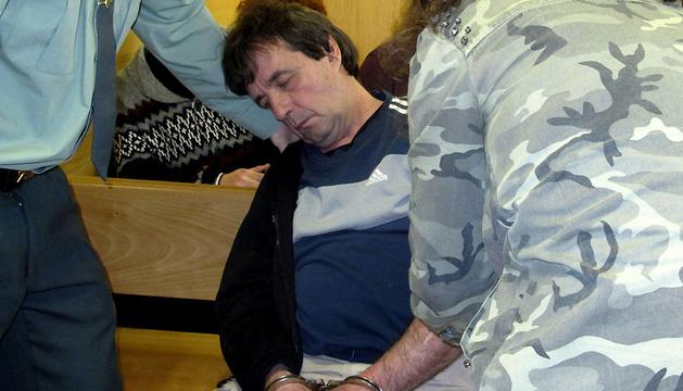 'El Solitario ' se ha caído al suelo y cuando la juez le pidió que se pusiera