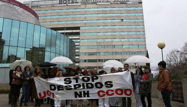 Protesta de los trabajadores del Hotel Iruña Park el pasado mes de marzo
