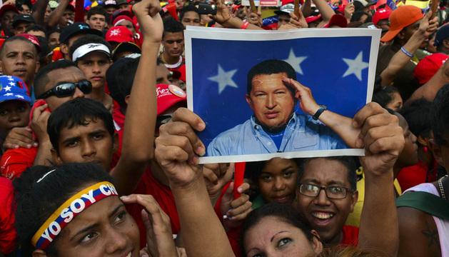 Seguidores de Nicolás Maduro durante el último acto de campaña.