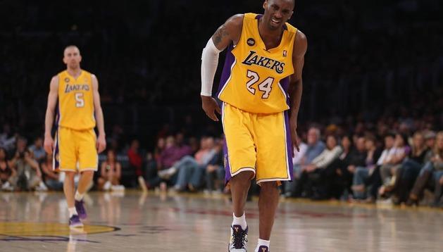 Kobe Bryant se ha lesionado de gravedad