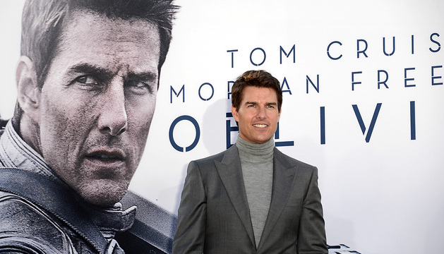 Tom Cruise  a su llegada al pase de