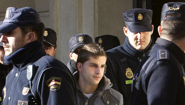 Miguel Carcaño, asesino confeso de Marta del Castillo a su llegada al juzgado número 4 de Sevilla en 2011.