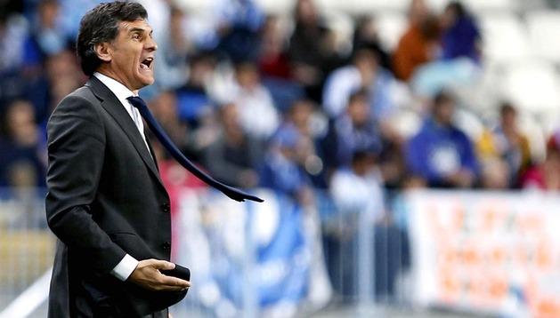 José Luis Mendilibar, durante el partido en Málaga