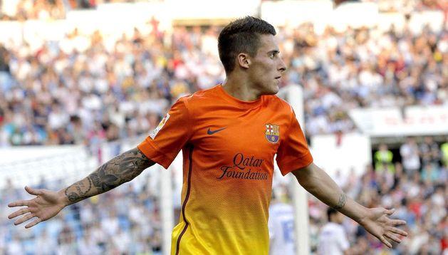 El centrocampista del Barcelona Cristian Tello celebra la consecución del tercer gol de su equipo ante el Zaragoza