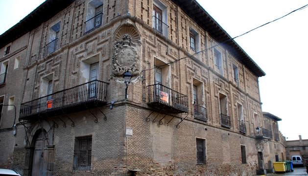 Instante de la representación teatral que rememora la llegada de los reyes de España a Corella en 1711.