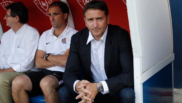 Philippe Montanier, durante un partido amistoso ante Osasuna en el Reyno. El francés nunca ha ganado al equipo rojillo