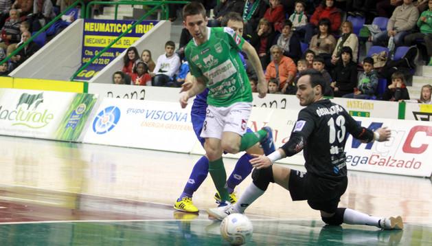 Triman Navarra juega este viernes ante el Puertollano FS