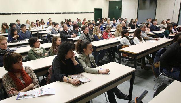 Asistentes a una de las charlas celebradas en la Universidad Pública de Navarra