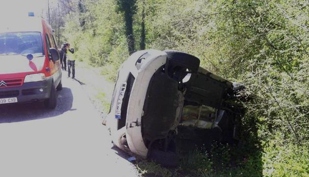 Estado en el que quedó uno de los vehículos afectados